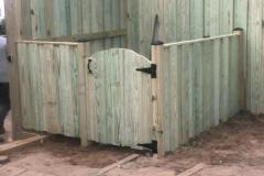 trash-enclosure-fencing